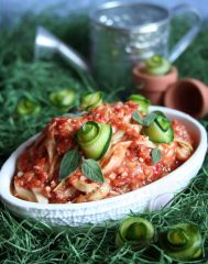 Zucchini Noodles with Marinaria Sauce (raw, vegan, gluten-free, nut-free)