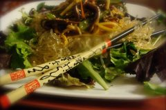 Asian-Style-Marinated-Vegetables-with-Kelp-Noodles-1