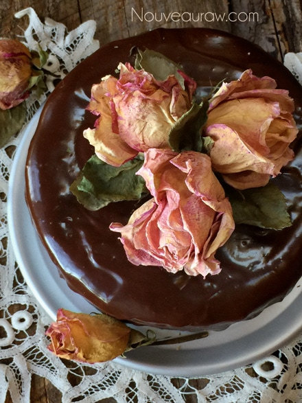 _Chocolate-Cake--with-Ganache-Frosting9