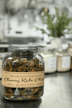 cheesy-kale-chips-in-large-jar