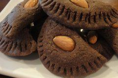 Chocolate-Almond-Empanadas-1