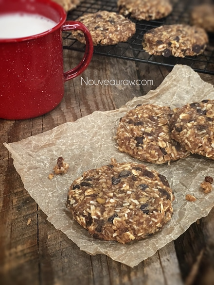 Chocolate-Apple-Raisin-Cookies2