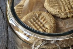 raw-peanut-butter-cookies1