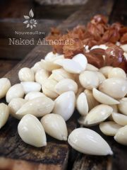 Almonds, skinned
