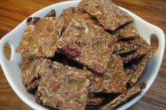 Fruity-Flax-Snack'n-Crackers