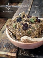 Sweet Chia Cracker (raw, vegan, gluten-free, nut-free)
