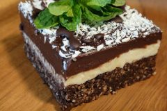 Chocolate-Coconut-Mint-Brownies-8