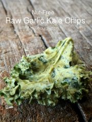Garlic Kale Chips (raw, vegan, gluten-free, nut-free)