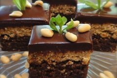 Chocolate-Peanut-Butter-Brownie-with-Chocolate-Ganche-Frosting1