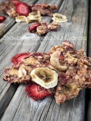 Strawberry Banana Nut Granola (raw, vegan, gluten-free)