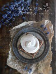 Delicate Vanilla Frosting (raw, vegan, gluten-free)