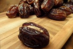 Almond-Butter-Sutffed-Dates1