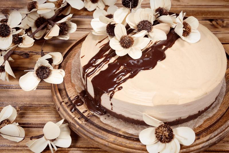 Chocolate-Peanut-Butter-Buckeye-Cake-top-view