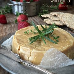 Raw-'Brie'-Cashew-Cheese-with-Rind1