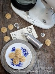 Cashew Lemon Spritz Cookie (raw, vegan, gluten-free)