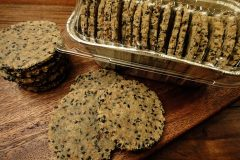 Black-Sesame-Wasabi-Cracker1