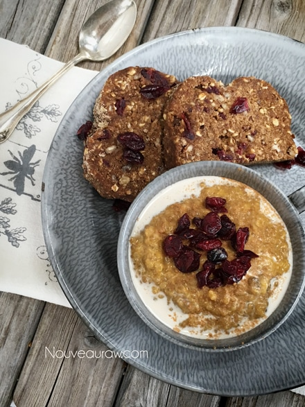 Gingerbread-Pumpkin-Quinoa-Porridge1