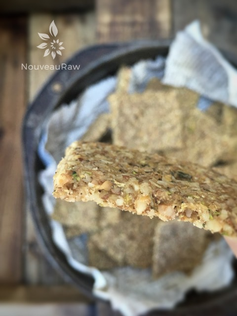 Walnut-and-Thyme-Crackers-1