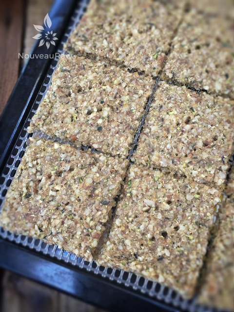 Walnut-and-Thyme-Crackers-5