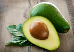 Avocados (selecting, ripening and freezing)