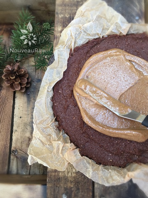 Chocolate-Banana-Fudge-Cake-with-Caramel-Frosting-1