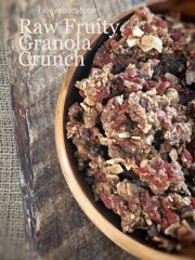 Fruity Granola Crunch (raw, vegan, gluten-free)