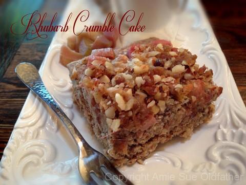 Rhubarb-Crumble-Cake100