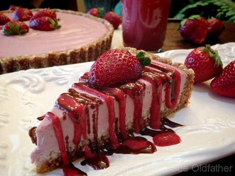 Strawberry-Cream-and-Coconut-Quinoa-Tart300