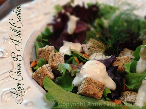 Raw-onion-and-dill-croutons1