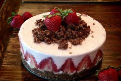 Strawberry-Rhubarb-Cream-Cake1