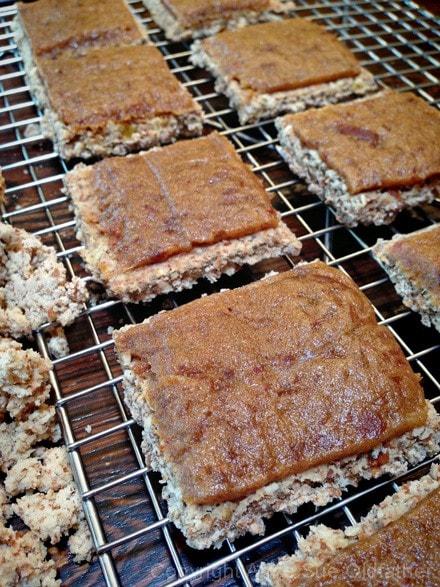 to make the Raw vegan gluten-free Apple Streusel Coffee Bar spread date paste on the cracker