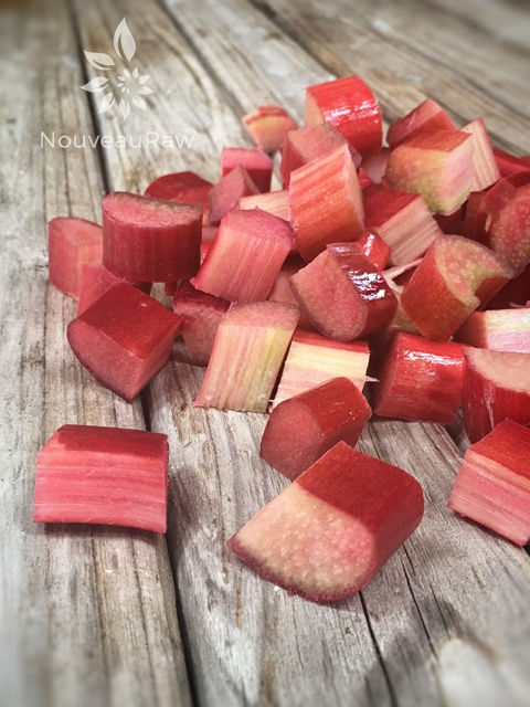 marinated-rhubarb2
