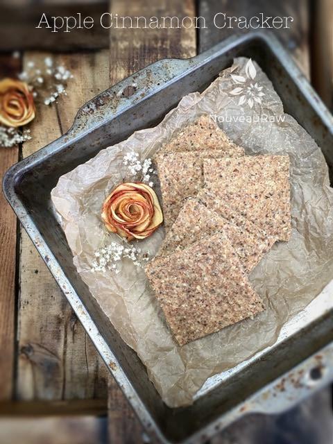 Vegan Gluten Free Crackers with Apple Cinnamon - Nouveau Raw