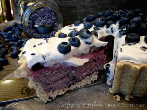 English-Lavendar-and-Blueberry-Cheesecake50
