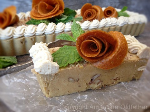 Pecan-Peach-and-Caramel-Ginger-Ice-Cream-Tart23