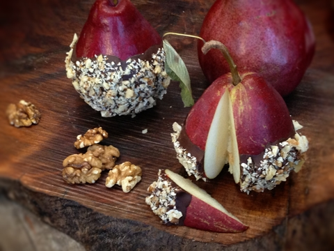 Walnut-Roca-Crusted-Red-Anjous-Pears5
