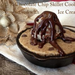 Chocolate-Chip-Skillet-Cookie-served-with-Ice-Cream12
