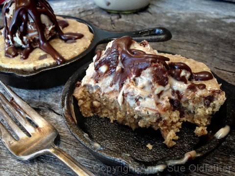 Chocolate-Chip-Skillet-Cookie-served-with-Ice-Cream26