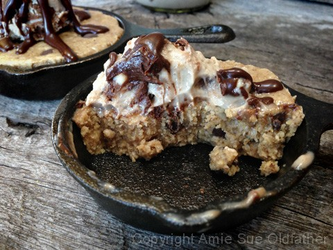 Chocolate-Chip-Skillet-Cookie-served-with-Ice-Cream27