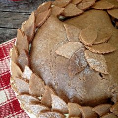 Old-Fashion-Apple-Pie-with-Buttery-Walnut-Crust1