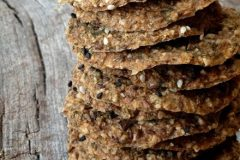 Raw-Caraway-and-Fennel-Onion-Cracker1