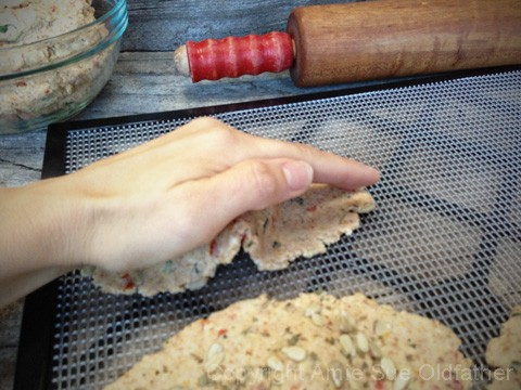 Sun-Dried-Basil-Crisp-Flatbread10