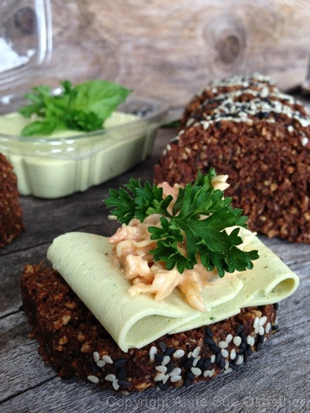 Vegan-Leek-&-Herb-Cheese8