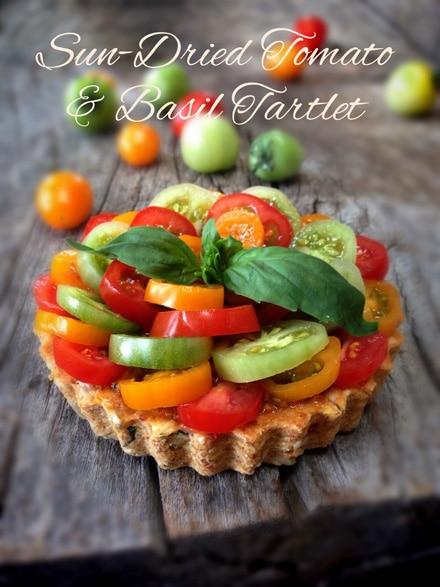 Raw Sun-Dried Tomato and Basil Cheesy Pesto TartNouveau Raw