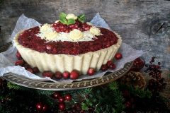 Raw-Pomegranate-and-Cranberry-Relish-Cheesecake2