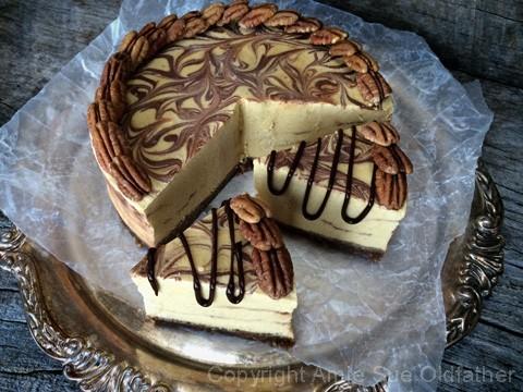 Raw-Pumpkin-Patch-Pie-with-Chocolate-Ganache-Marbeling2