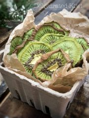 Kiwi (raw, dehydrated)