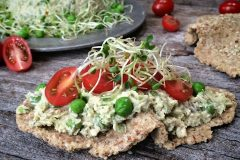Raw-Buttery-Walnut-Crostini-Flatbread13