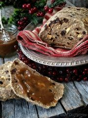 Raisin-Studded Apple Bread  (raw, vegan, gluten-free)