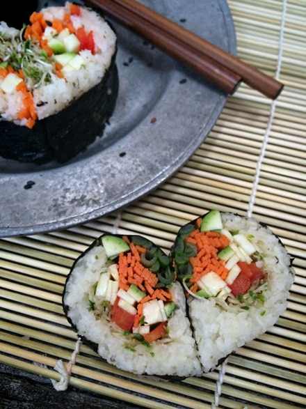 Raw-Veggie-Sushi-Hearts3355